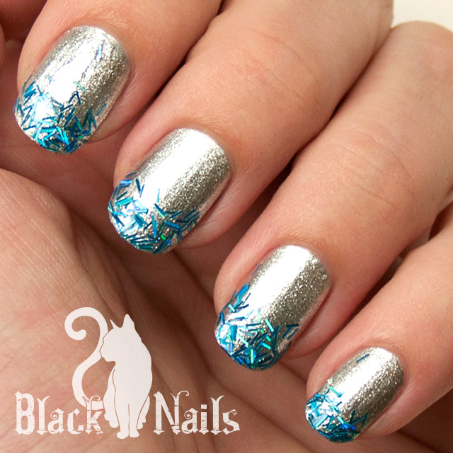 Fabulous Blue And Silver Nails With Star