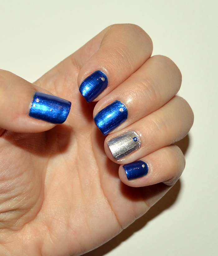 Incredible Blue And Silver Nails With Silver One