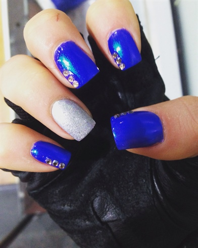 Sparkling Blue And Silver Nails