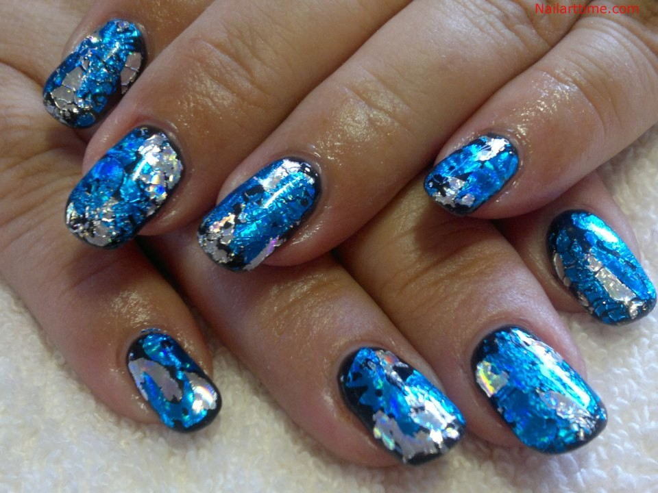 Tremendous Blue And Silver Nails With Glittery Ink