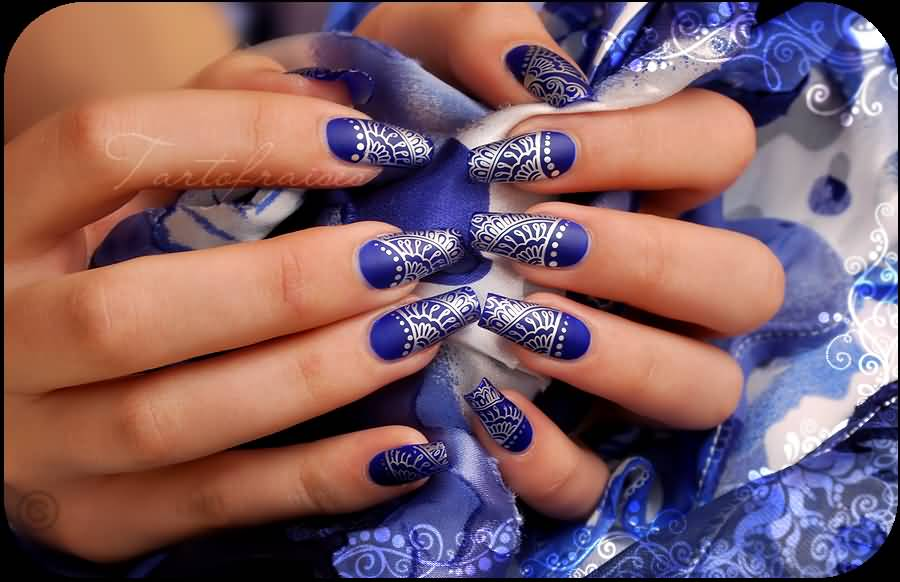 Tremendous Blue And Silver Nails With Super Design